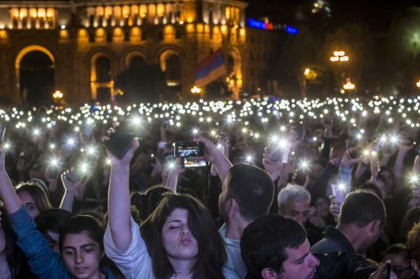 Аджемоглу поможет Армении