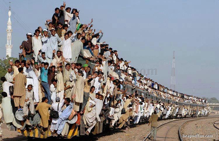 funny_train_overload_m1008