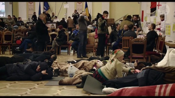 Maidan.2014.WEB-DL.720p.mkv_20141219_140157.799