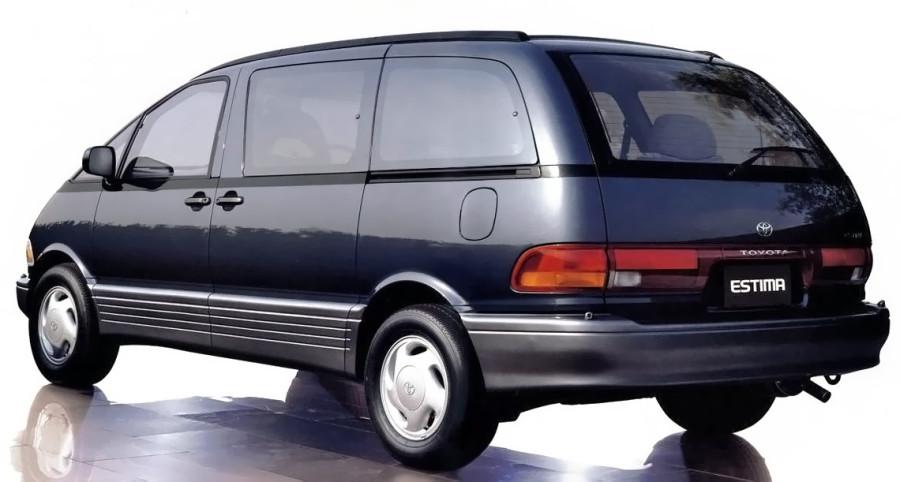 1990_Toyota_Estima_blue_adv_rear