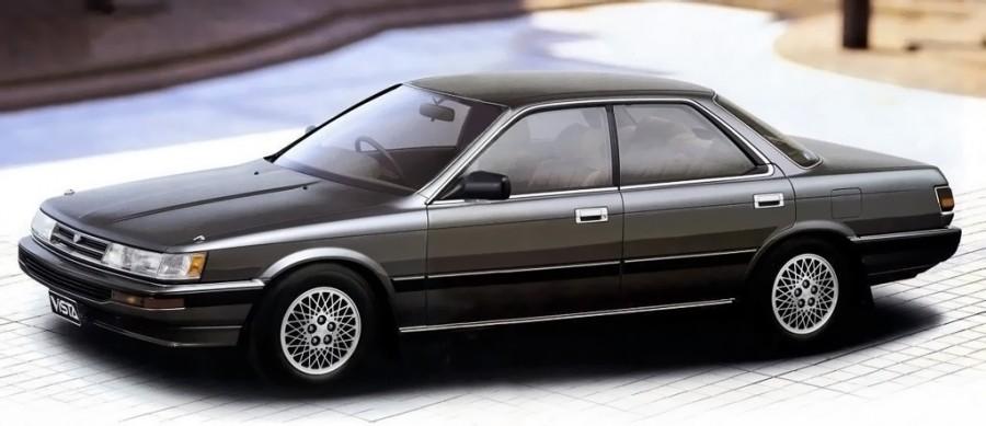 1987_Toyota_Vista_VX_hardtop_(V20)_side