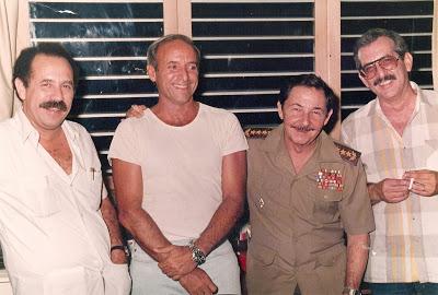 05   я8 Carlos Aldana, Antonio de la Guardia, Raúl Castro y Norberto Fuentes. Una madrugada del verano de 1988 89 Tony 2