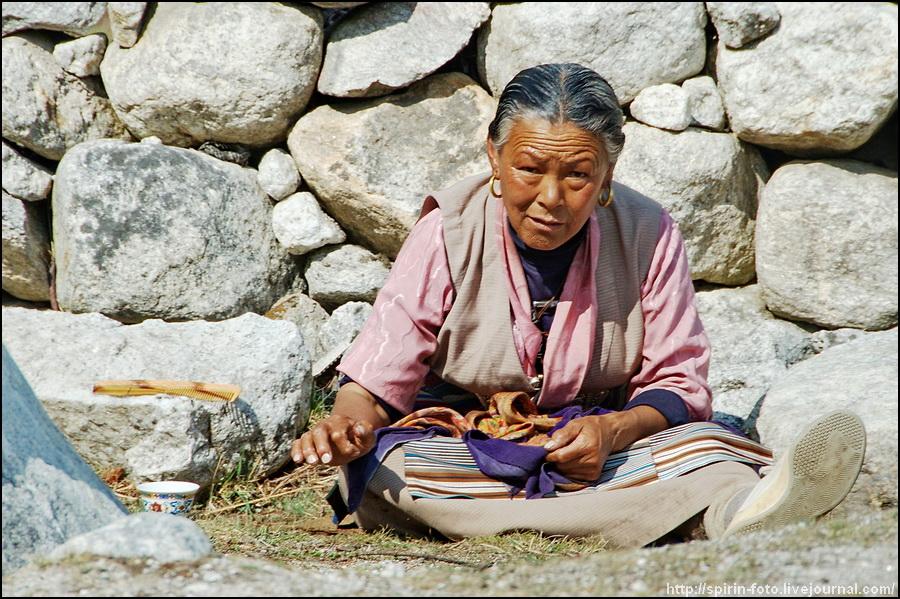 _DSC9602 непальская женщина