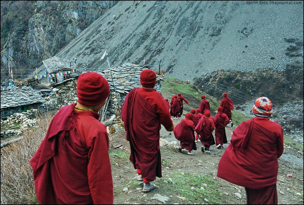 _DSC8028 монахи