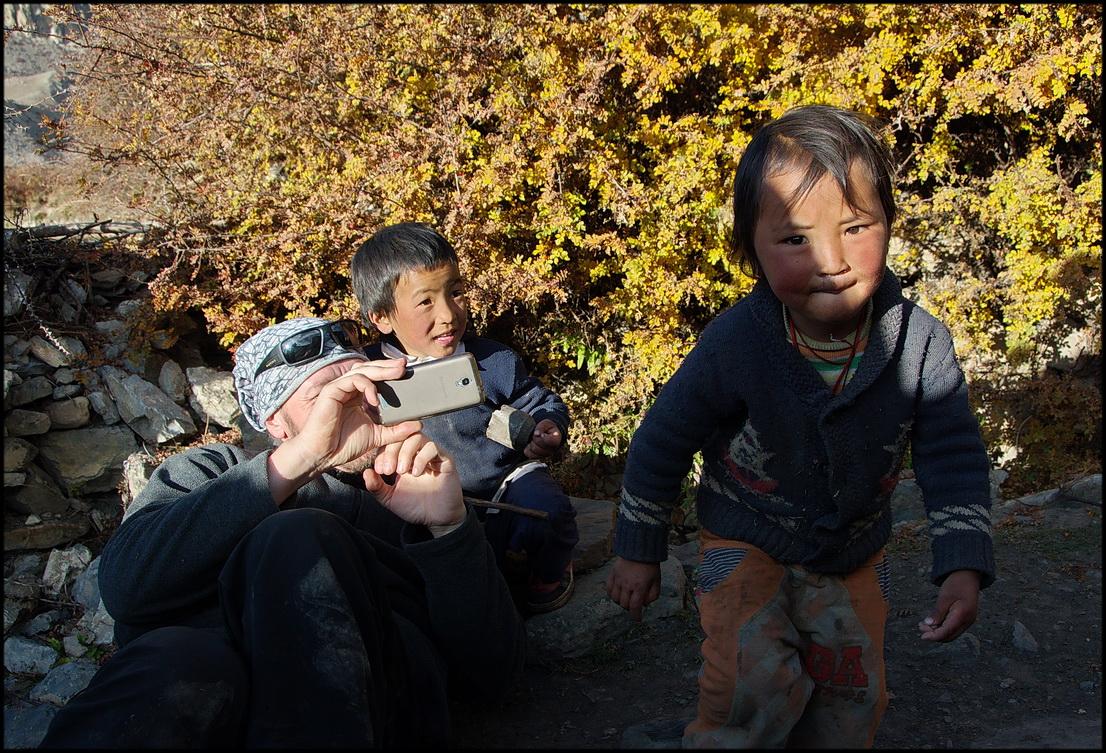 DSC_1265 игорь с детьми