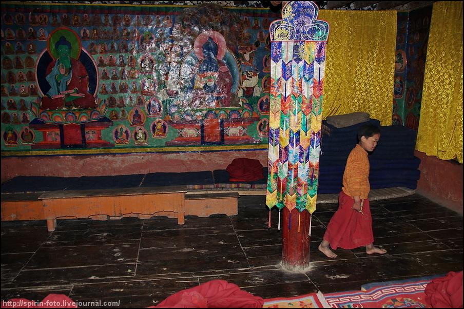 _DSC8158 мальчик монах