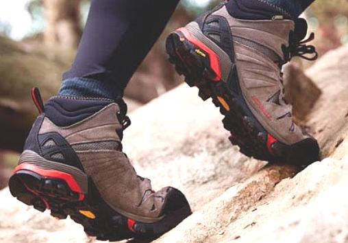 11 советов, как сохранять ноги сухими в дождь и холод