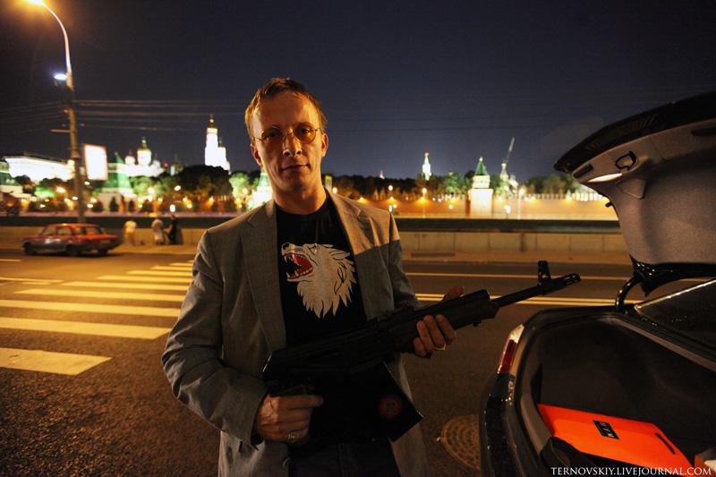 Охлобыстин показал блогеру Терновскому, что поможет...