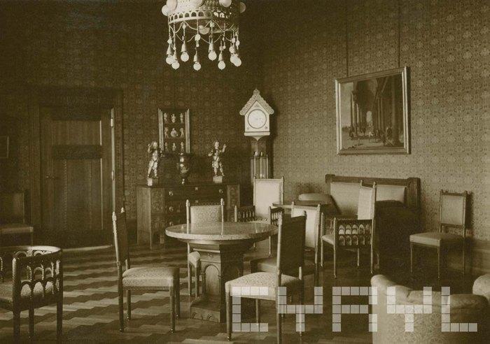 Обеденный зал в покоях императрицы