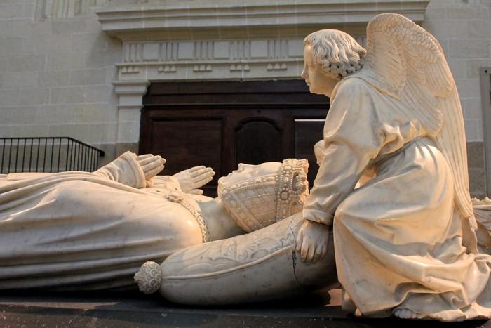 Надгробие Франциска II и Маргариты де Фуа_5