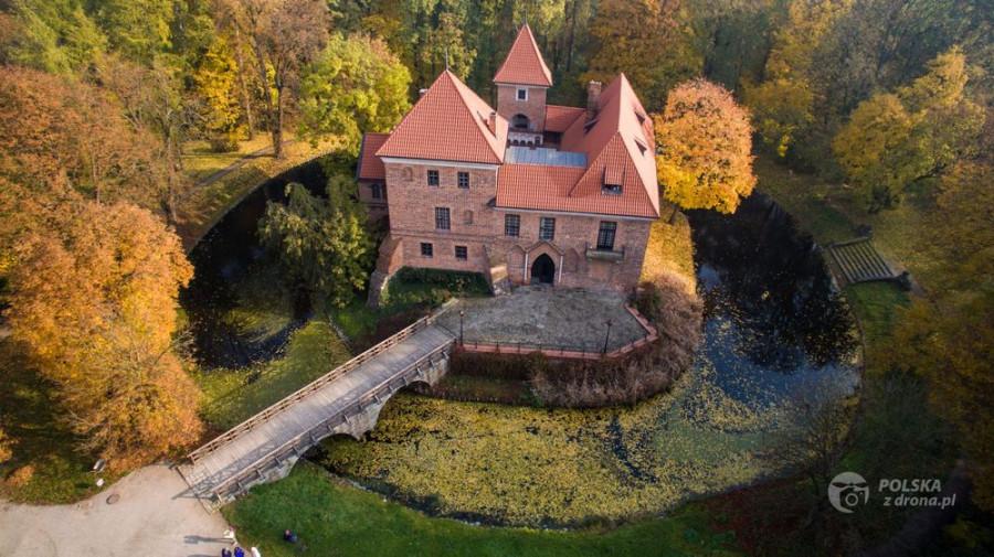 foto-137-zamek-w-oporowie-14