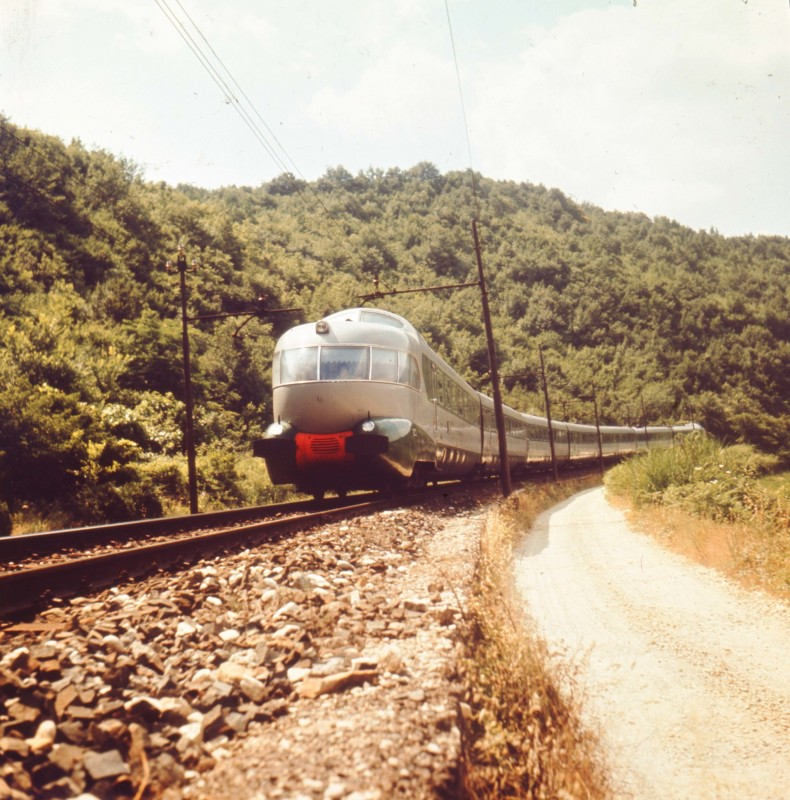 https://www.flickr.com/photos/ferroviedellostato/8780058075/