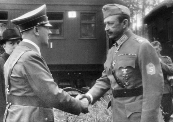 А. Гитлер и К. Маннергейм
