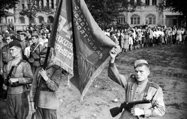 Чем рискует Россия в случае проигрыша в «битве за историю»
