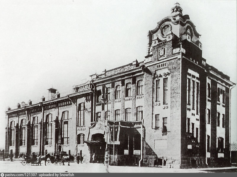 Главный корпус Центральной трамвайной электростанции в Санкт-Петербурге, 1907 г.