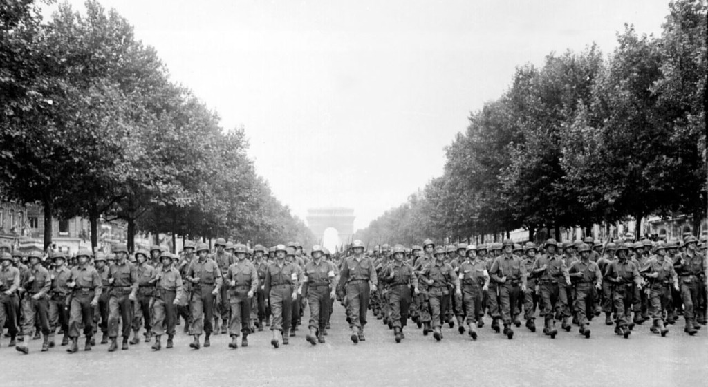 lj_american_troops_march_down_the_Champs_Elysees_zps9a4b889d
