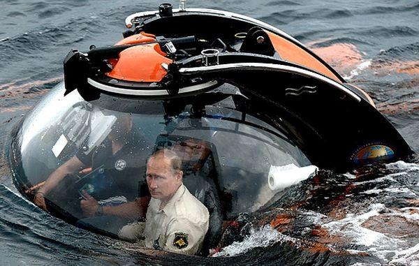 Путин погружается на дно