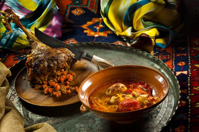 праздничное мясное блюдо с фото | Фотоархив: http://photo.bigbo.ru/?p=16840