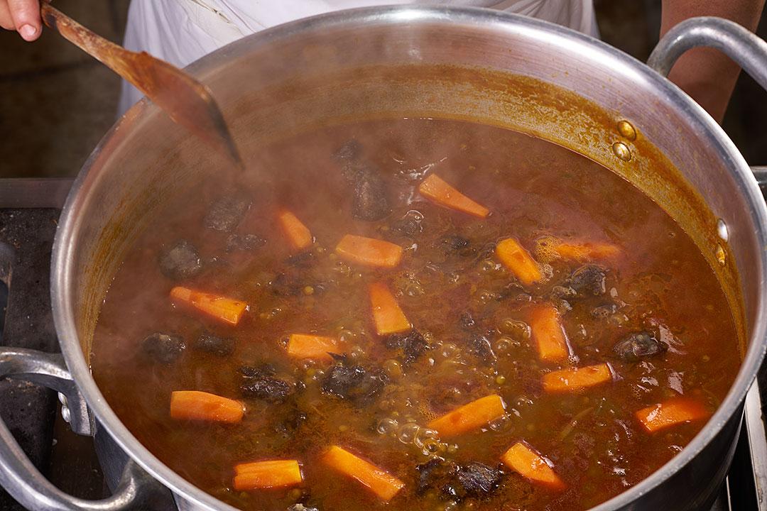 Чечевица-с-сушеным-мясом_Марокко1437.jpg