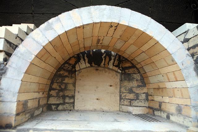 Задняя стенка тандыра