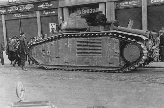 Nos chars Lourds B1-B1bis aux mains des Allemands. 67570_900