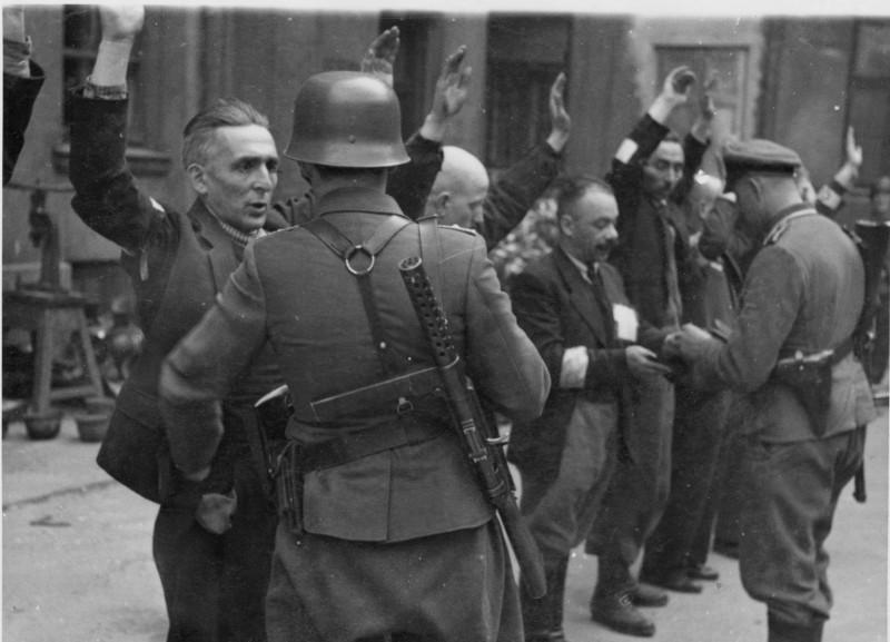 Какой-то неправильный нацист