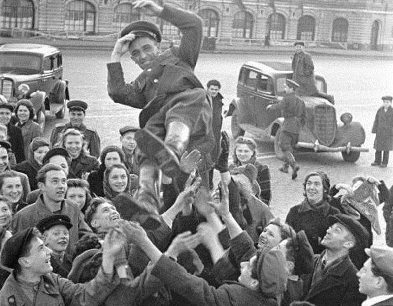 Почему после войны не отмечали день победы