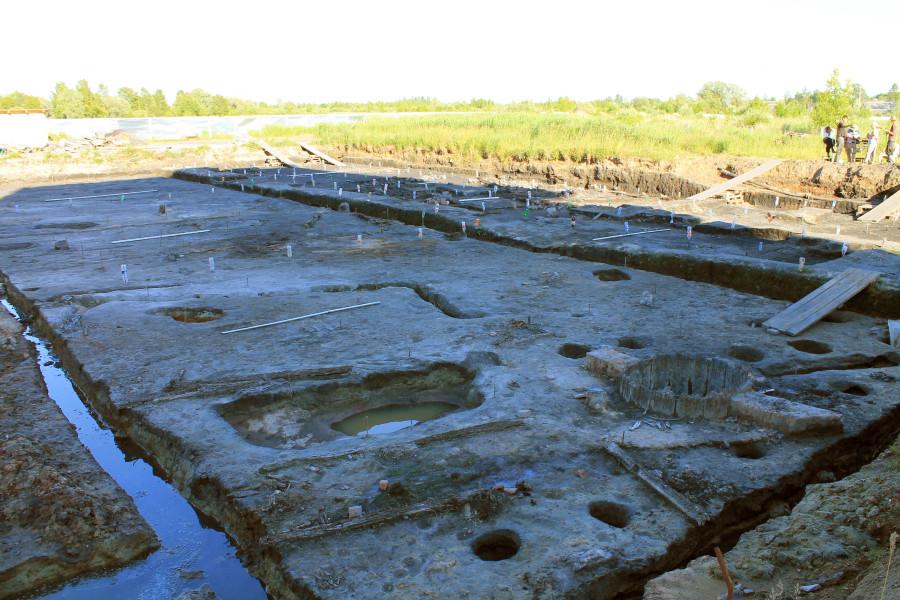 Ямы Курортного-II раскопа