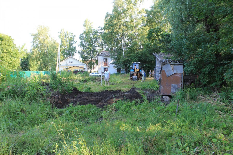 Место разбивки  Пятницкого-II раскопа до начала работ. Вид с юга