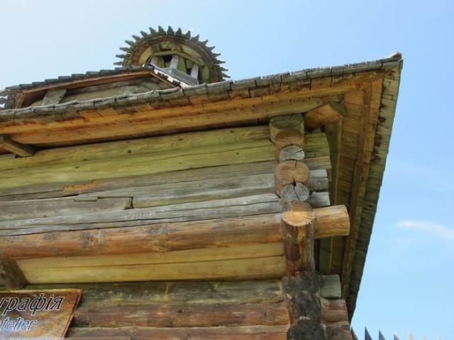 Башня из села Торговище