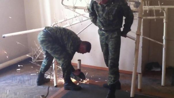 разграбление дома офицеров в Пскове