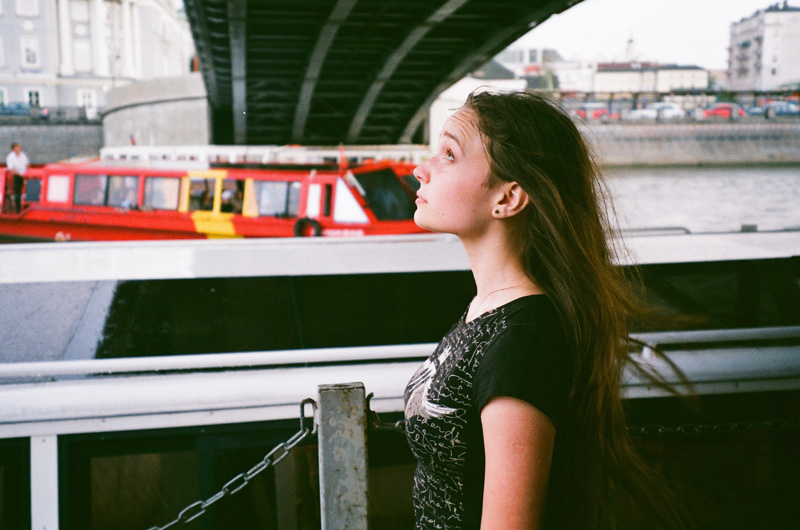 R36-2013-Film-Summer-Moscow-People-02