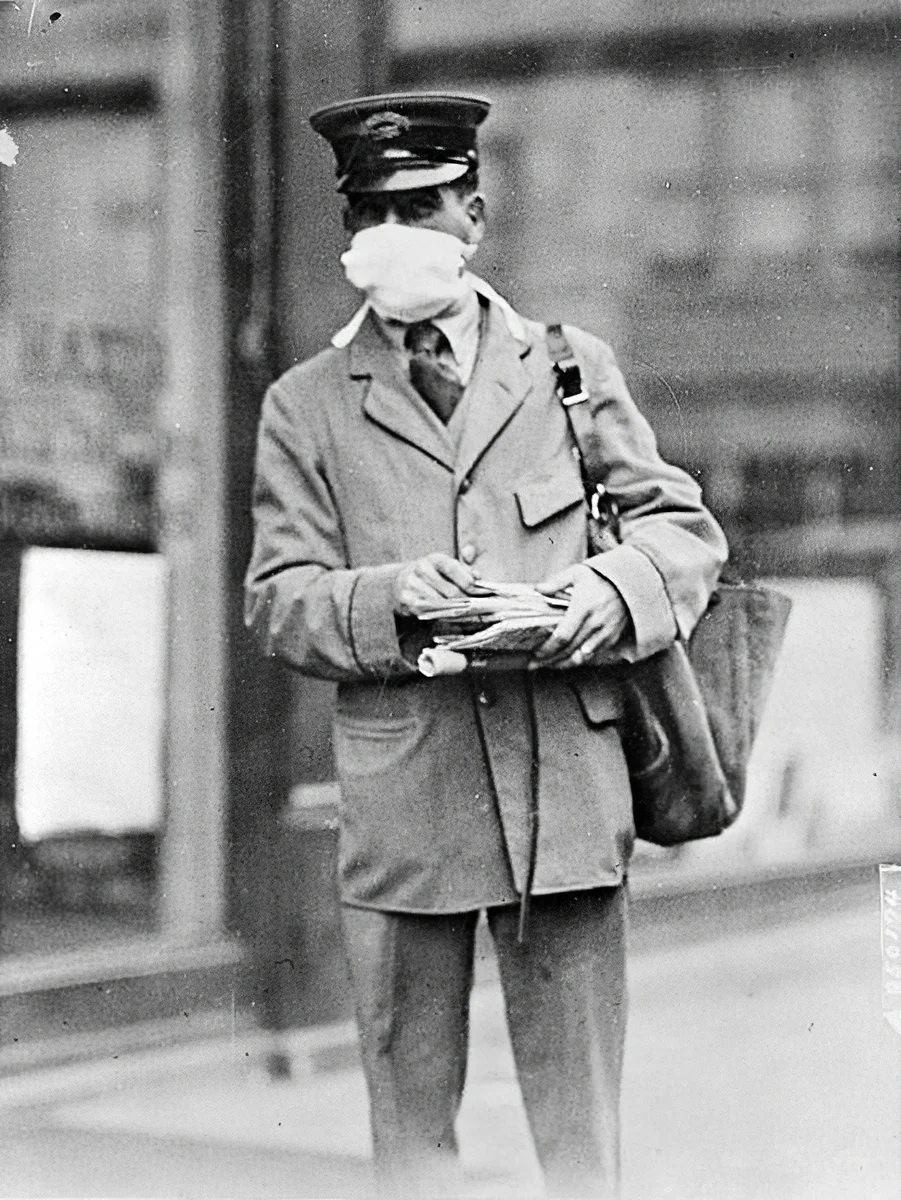 Марлевые маски - не новость. Ничего не изменилось с 1918?