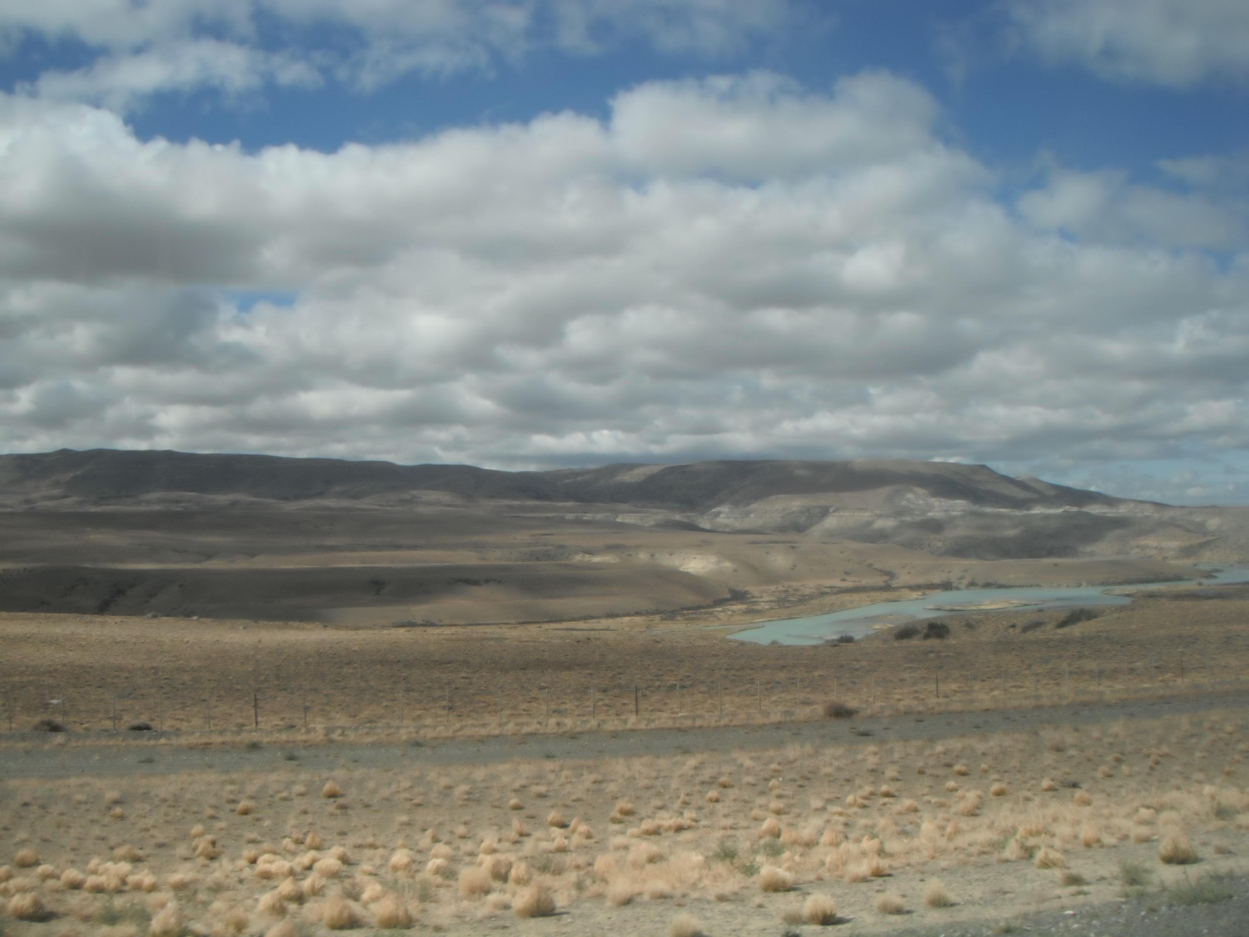 Аргентина, Патагония.Долина реки Леона .28.02.2012