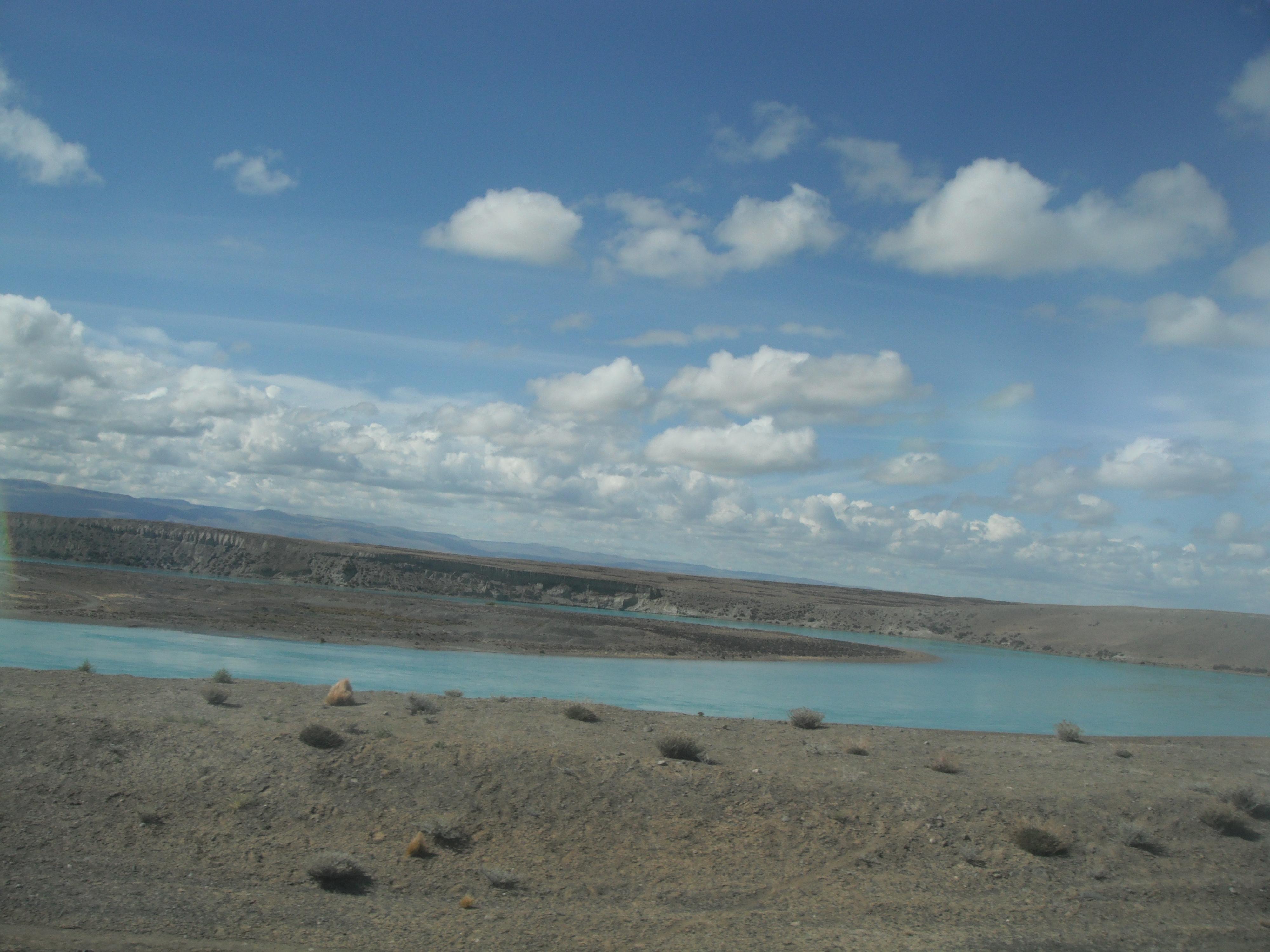 Аргентина, Патагония.Долина реки Леона 28.02.2012