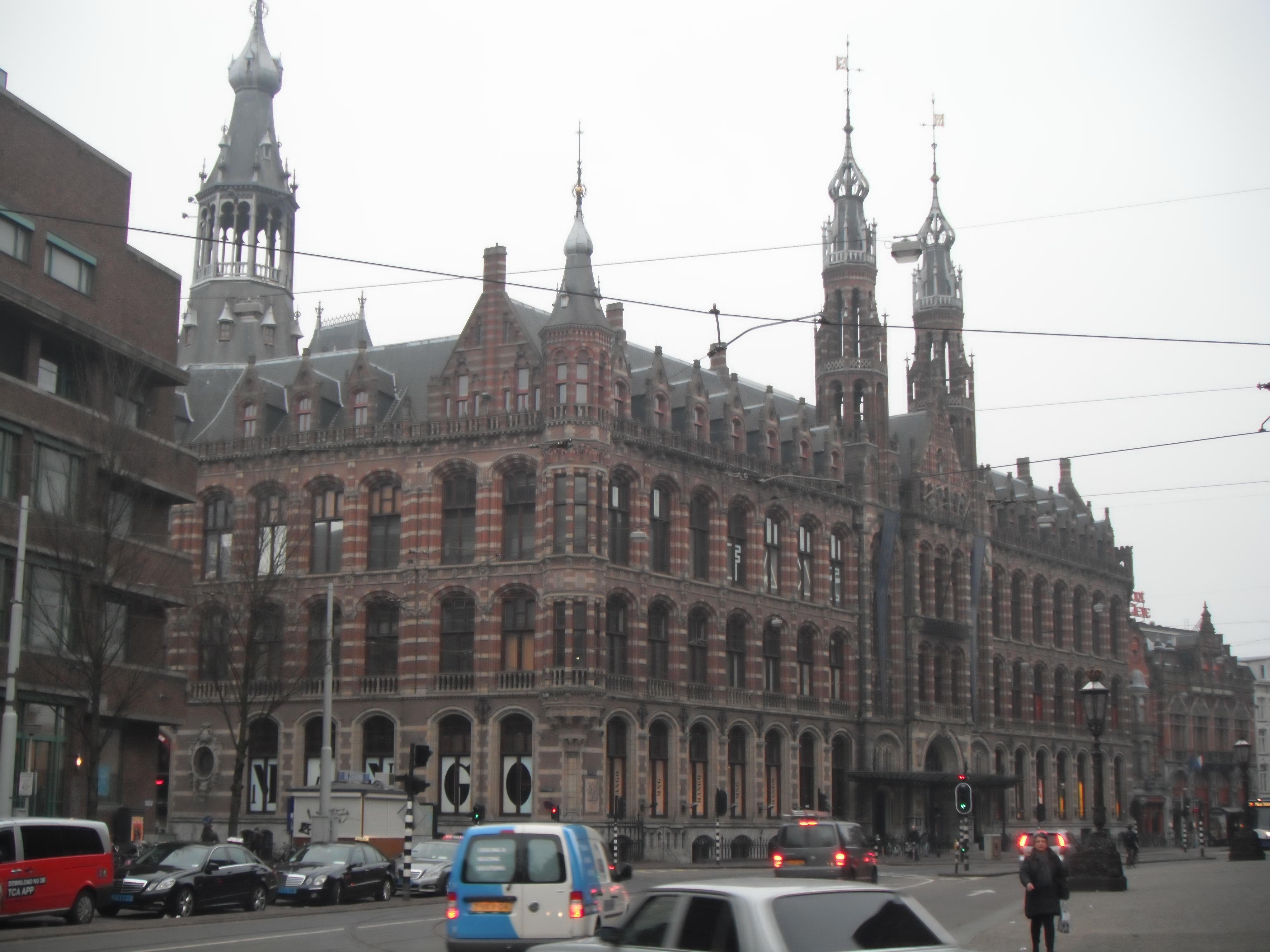 Амстердам 01.03.2012 .