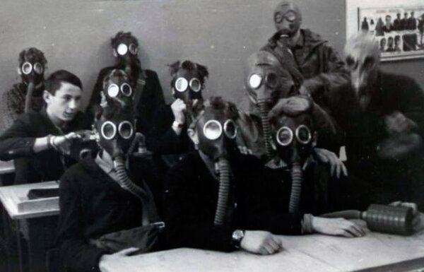 Как выжить при ядерном взрыве: чему учили советских школьников? 2