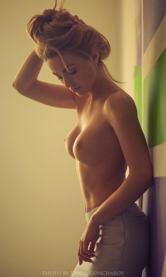 Девушки топлес фото 17104 фотография