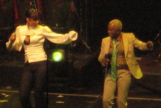 Alicia keys and Angelique Kidjo