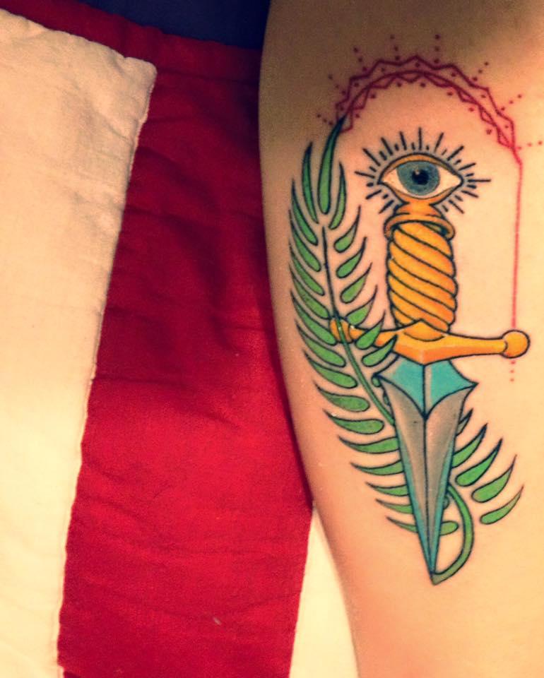 coloured tat