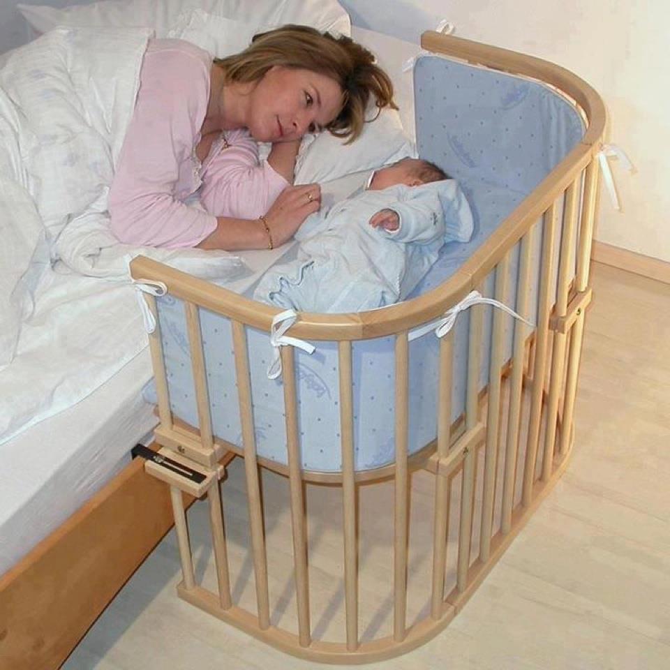 Разложил маму на кровати 24 фотография