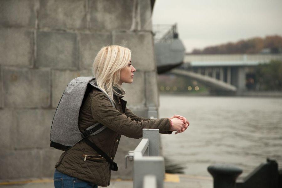 Почему девушкам нельзя путешествовать одним