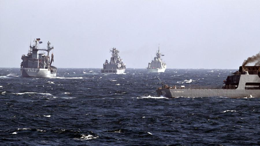 Минобороны присмотрит за учениями НАТО у границ России