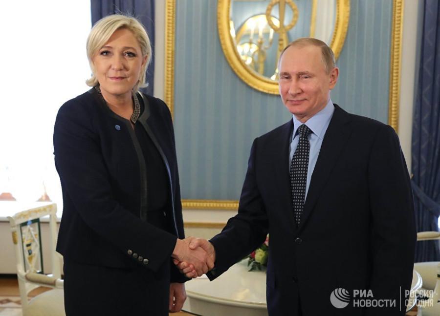Политика Путина воодушевляет Марин Ле Пен