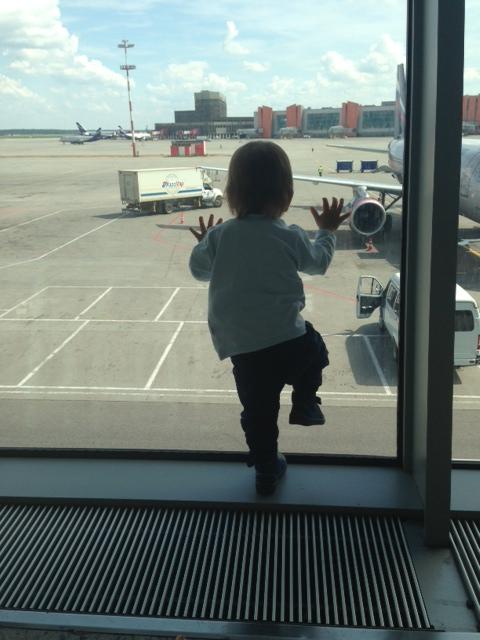 одной ногой в самолете 2
