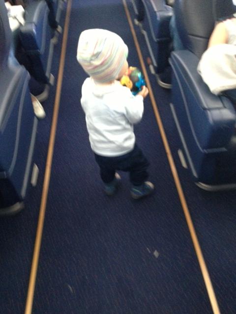 в самолете 3