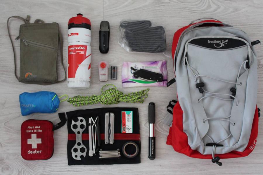 Что у велосипедиста в рюкзаке. Личный опыт.: stepandurnev — LiveJournal