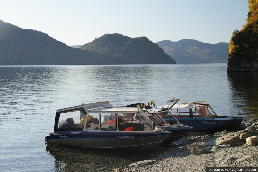 Катера на Телецком озере