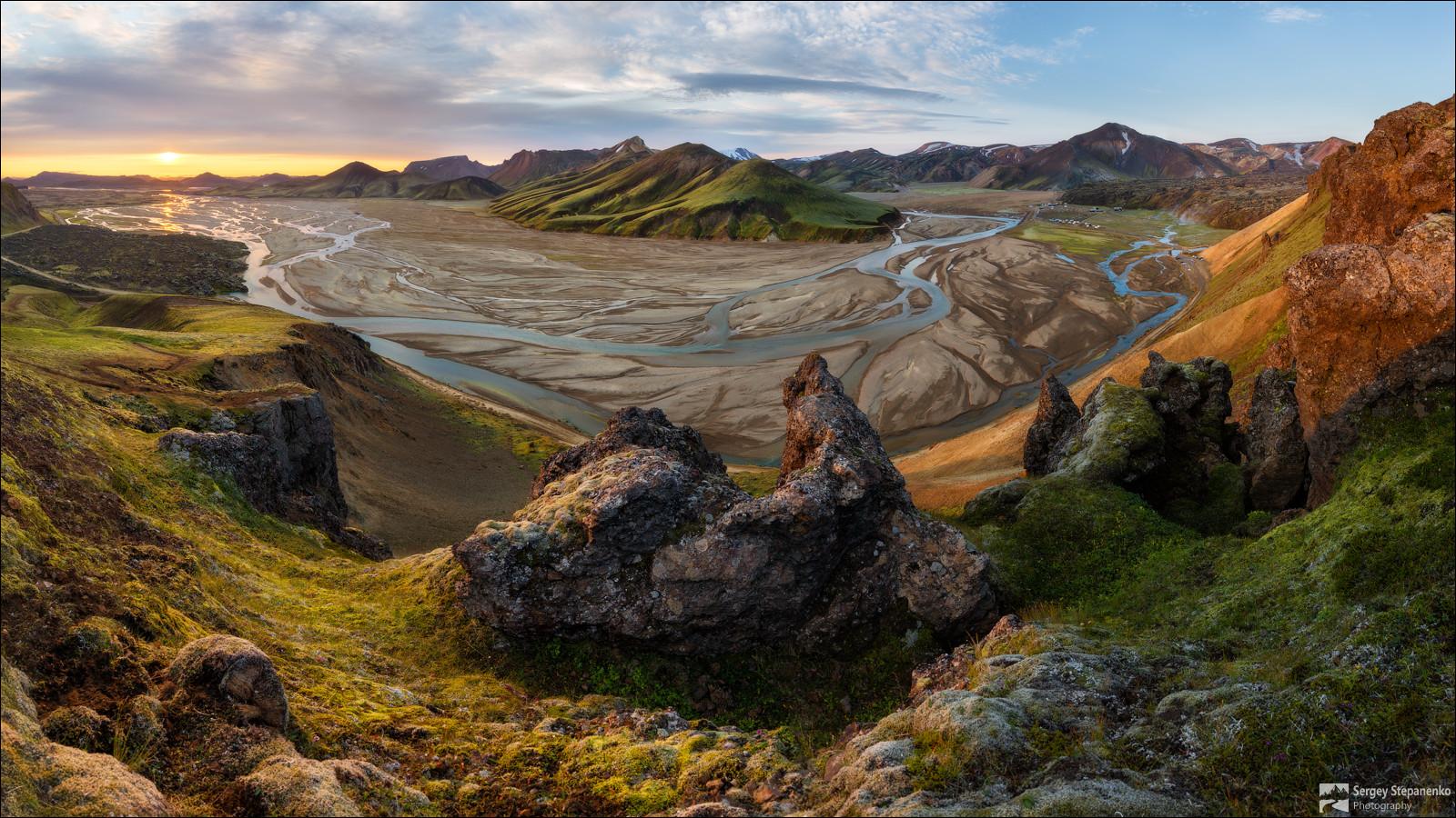 Утро-на-цветных-горах.jpg