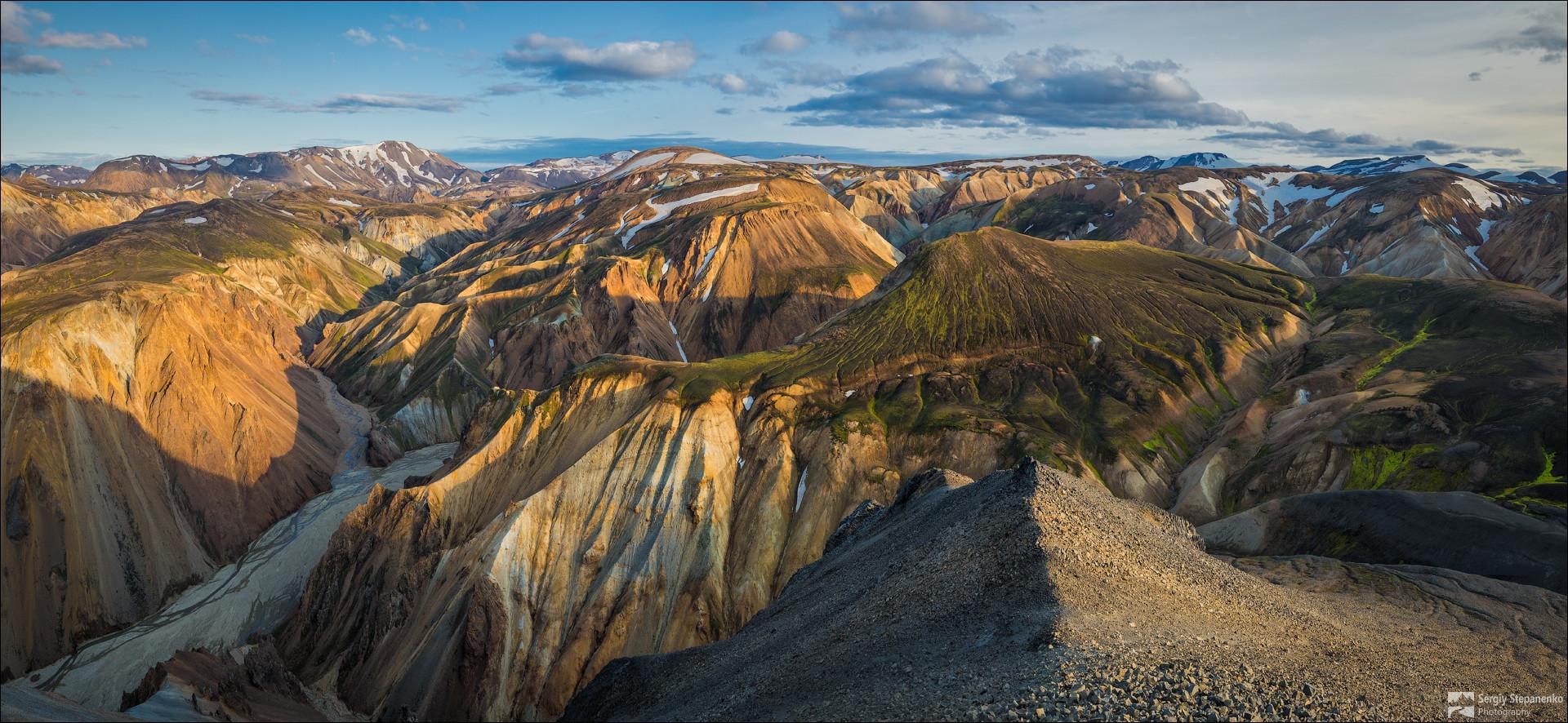 Долина риолитовых гор Landmannalaugar.jpg